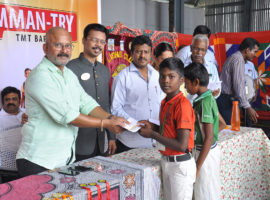 Students-Receiving-Prizes-by-AMMAN-TRY